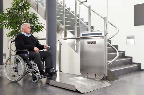 montascale sedia rotelle